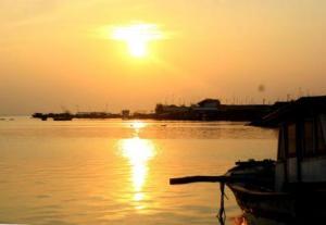 Sore hari di pulau harapan