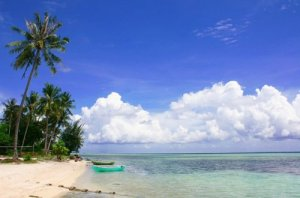 Keindahan pantai di pulau tidung